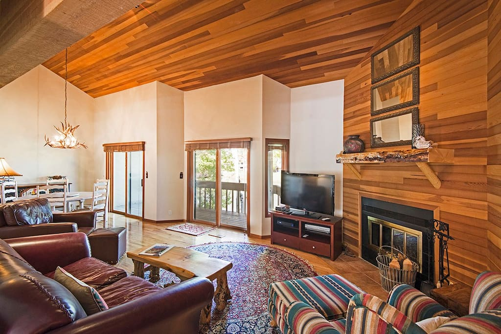 Beautiful wood finishes and Cathedral Ceiling in Main Living Area