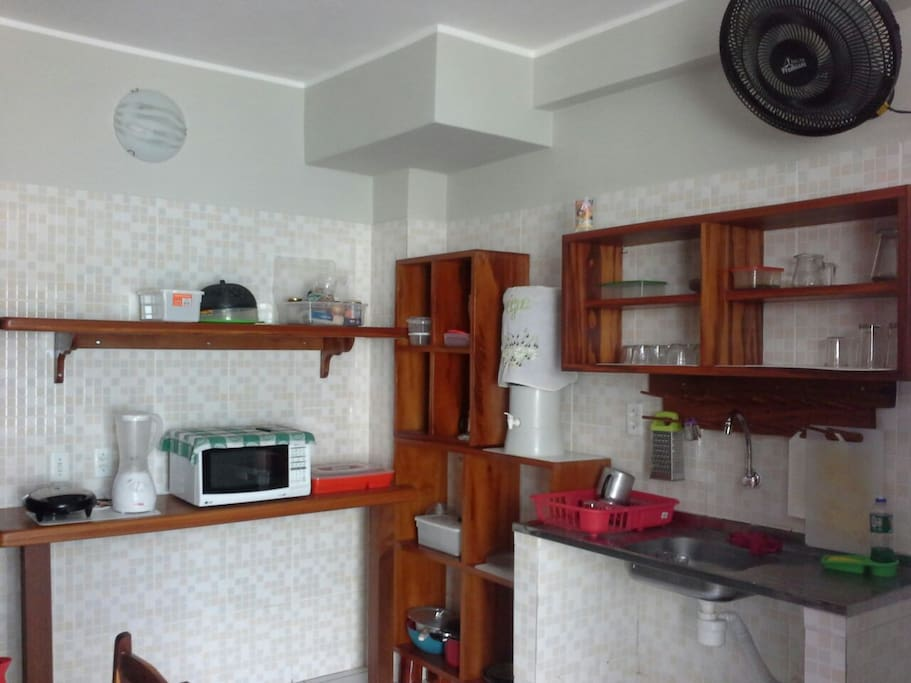For more detailed information, please contact us through Whatsapp +5585996469623 The kitchen is at guests' disposal. Fully equipped and with new appliances