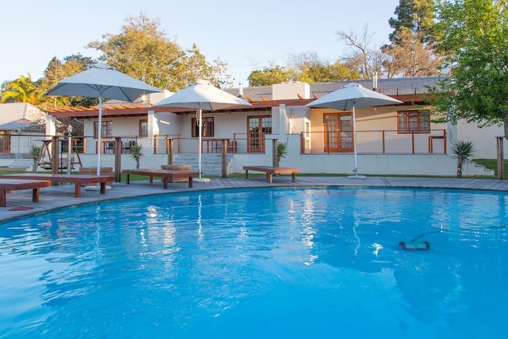 Lauradale - Protea: One-Bedroom Apartment