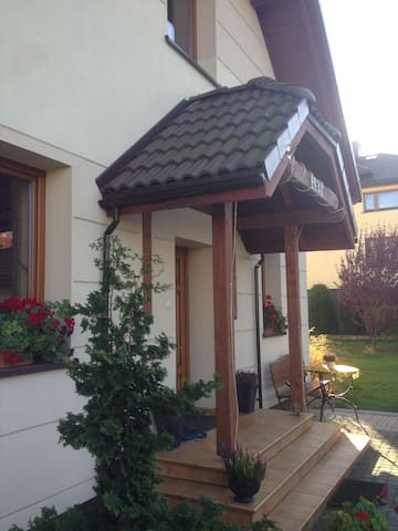 APARTAMENT ZIMNIK W BESKIDACH - żywiecki - Lägenhet