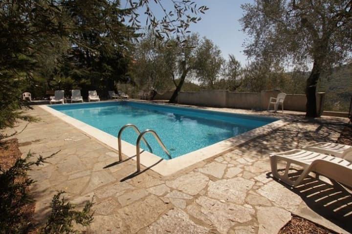 U Rundo Terra. Swimmingpool - open from 15/05 Terrace Small garden Internet