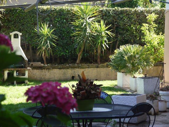Lovely apartment with garden (Grottaferrata)