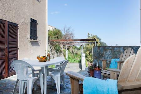 Maison de village rénovée vue mer barbecue wifi - Sorbo-Ocagnano - Apartmen