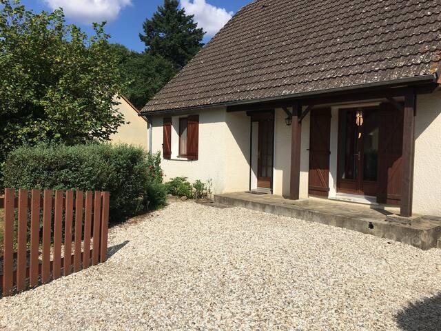 5 mins to Argenton sur Creuse - Le Pêchereau