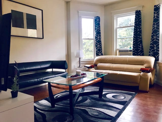 Affordable stay in a shared room close to BOSTON