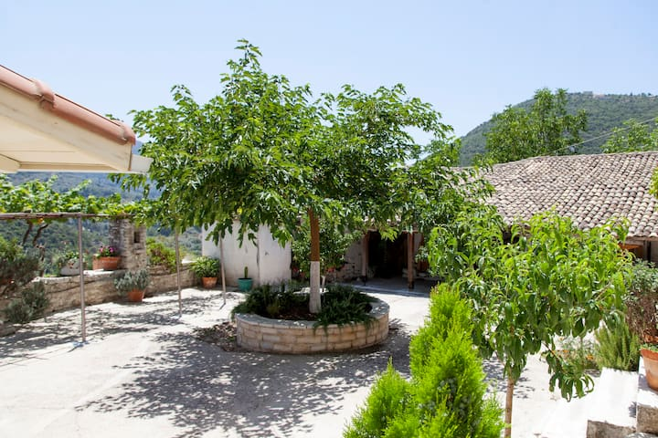 April & May Special from only 40 euros - Katochori - Appartement