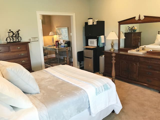 Pristine Suite in the heart of Brandywine Valley