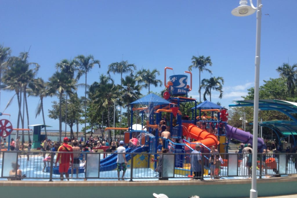 FREE UNLIMITED WI FI AND THE NEW WATERPARK IS JUST A 30 SECONDS FROM YOUR FRONT DOOR