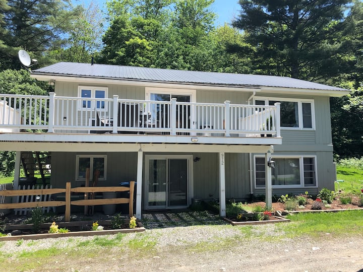 Waitsfield Family Basecamp-Close to Town