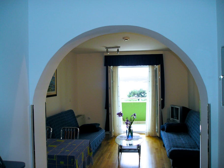 Livingroom with exit to terrace and 2 soffa