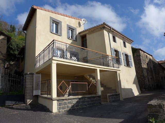 Maison de village - Tourzel-Ronzières - Rumah