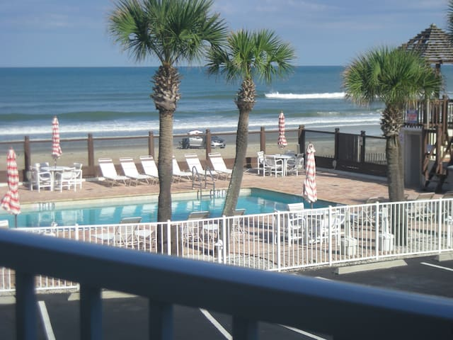 Beachfront Studio - Beautiful Ocean views. - Daytona Beach - Pis