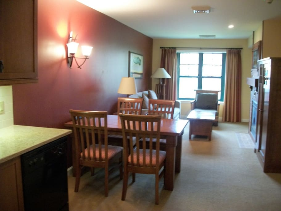 appalachian hotel one bedroom suite appartements louer vernon township new jersey tats unis. Black Bedroom Furniture Sets. Home Design Ideas