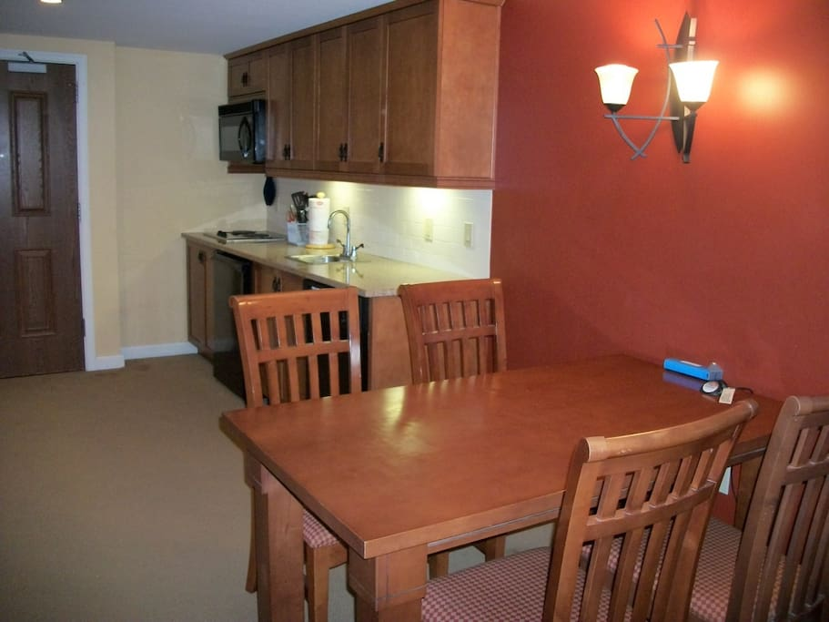 Kitchenette and table for 4