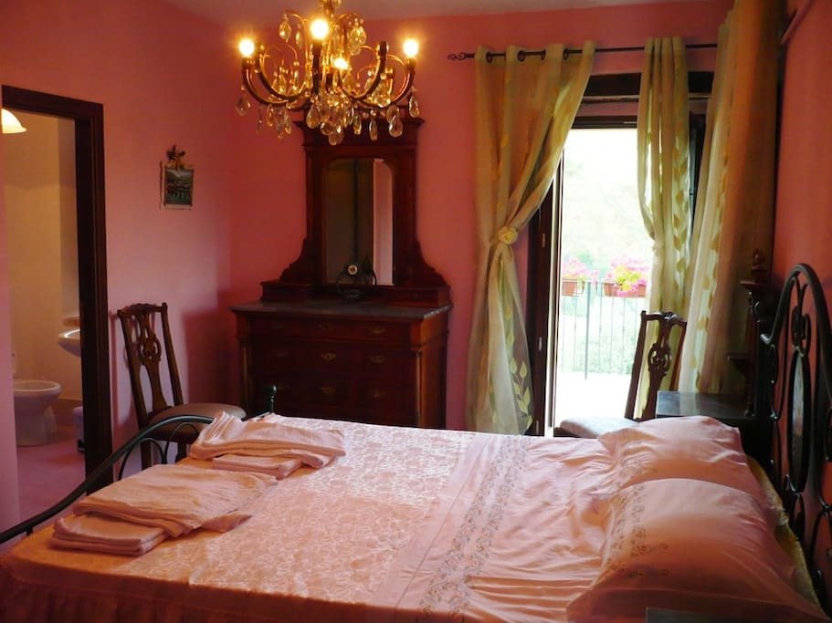 Camera e terrazzo