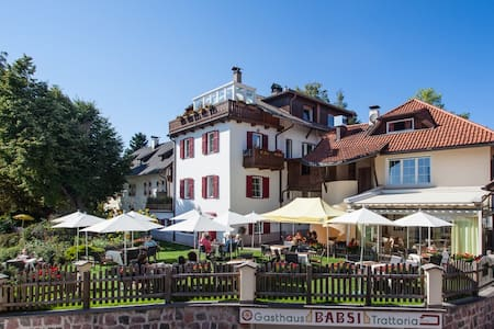 Gasthaus Babsi - Oberbozen - Serviced apartment