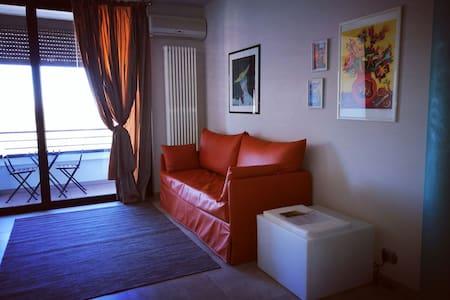 Light elegant, in walking distance to everything - Alba - 公寓