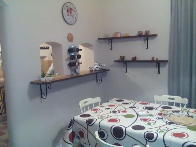 Casa della Nonna - Licodia Eubea - Casa