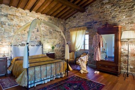 Il tuo sogno in una camera... - Gambassi Terme