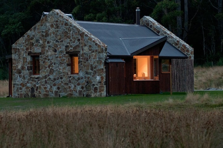 Adventure Bay Retreat at Bruny isla
