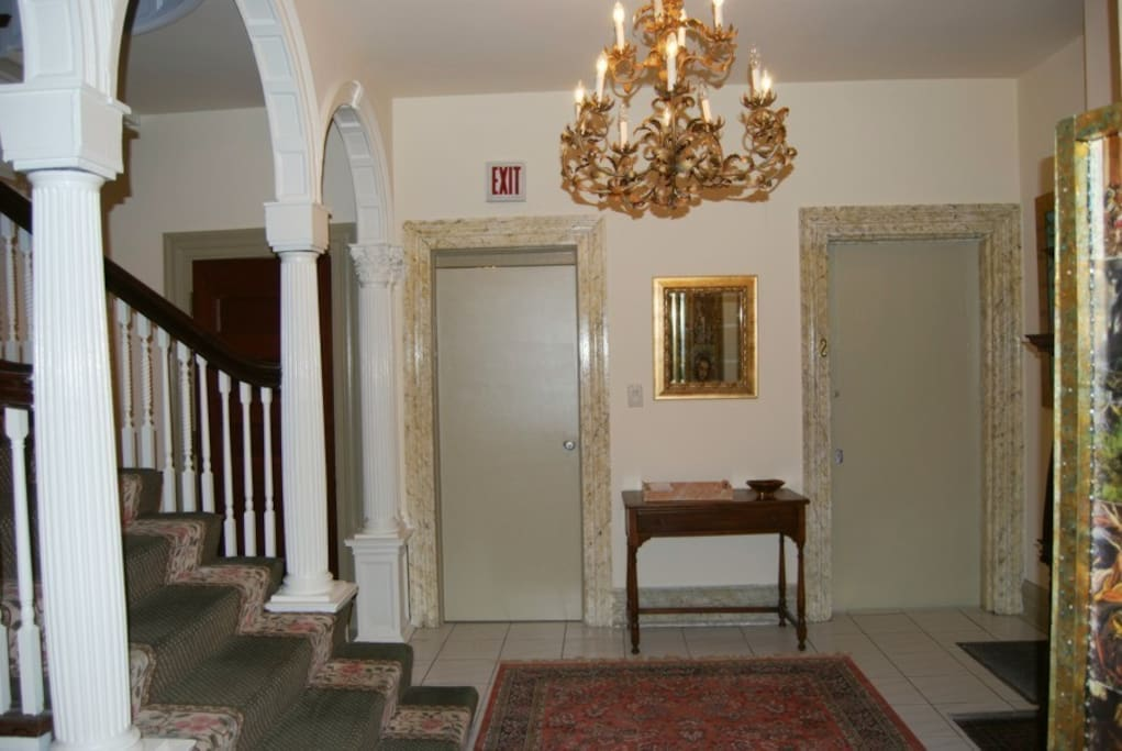 Main lobby of the mansion.