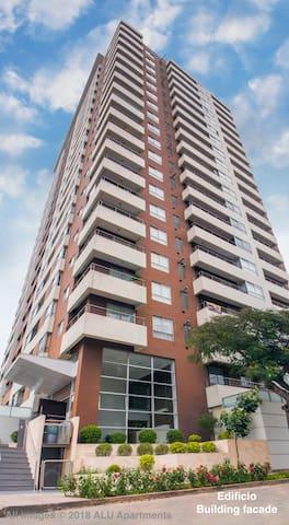 Fachada del edificio / Building facade