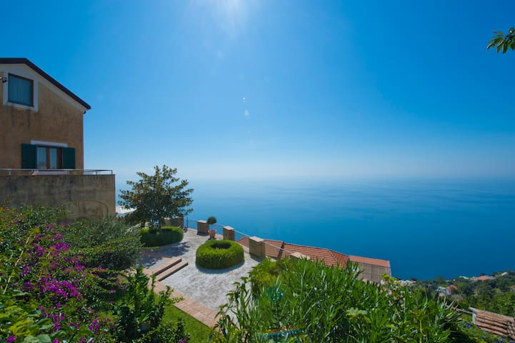 Mediterranea fantastic Med terrace  - Furore  - Rumah