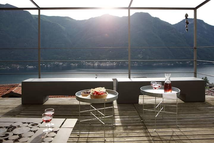 Casa di charme con vista lago