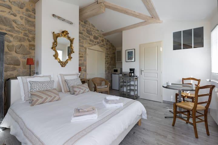 """Chambre d'hôtes """"Cap au Sud"""", charme provençal - Caromb - Huvila"""