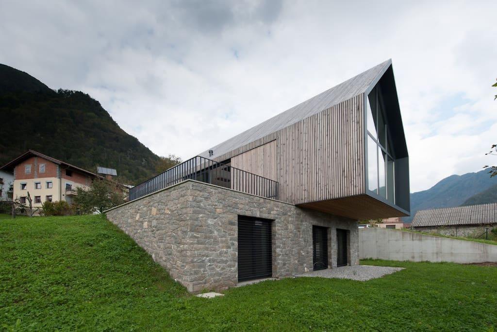 house Ruta: Overlooking the Soca Valley