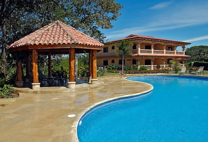 Venado Arena y Sol, luxury Condo