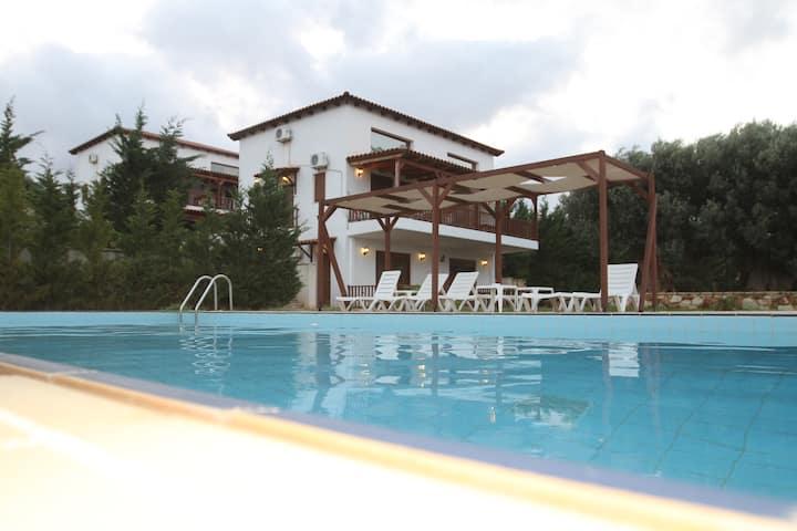 Villa Elaia 2