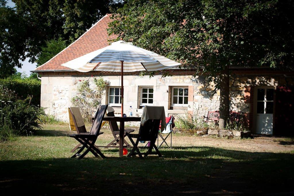 G te de 1640 avec piscine maisons louer gannay sur for Gite auvergne avec piscine