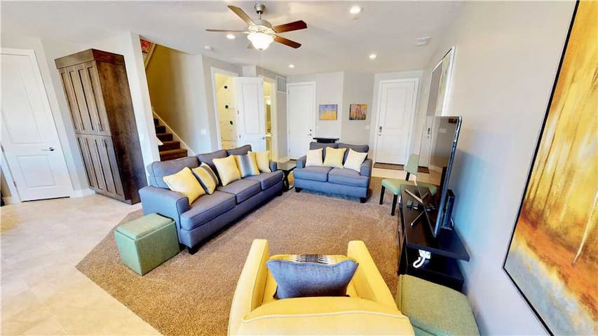 Stunning 4 Bedroom Downtown Towhnhome With Fun Amenities!  - Entrada at Moab #442