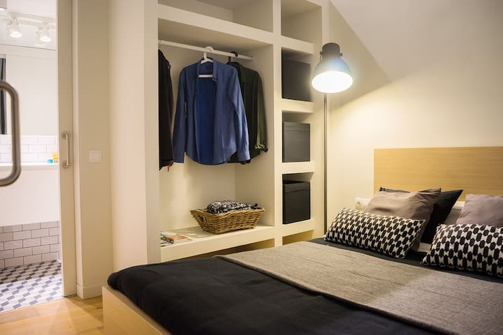 Independent Suite - City Centre - Barcelona