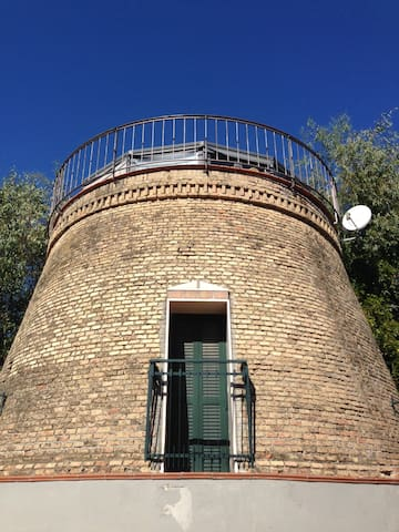 Romantic Lodge - Old Tower in Rome - Rome - House