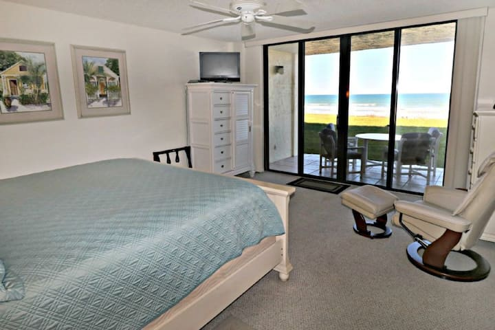 Stunningly Remodeled Ocean Front Unit w/ HUGE Kitchen and Living Room on the Ground Floor for Easy Access to the Pool & Beach! Sand Dollar 2-107