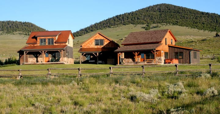 Ranch Retreat at the base of the Pioneer Mountains