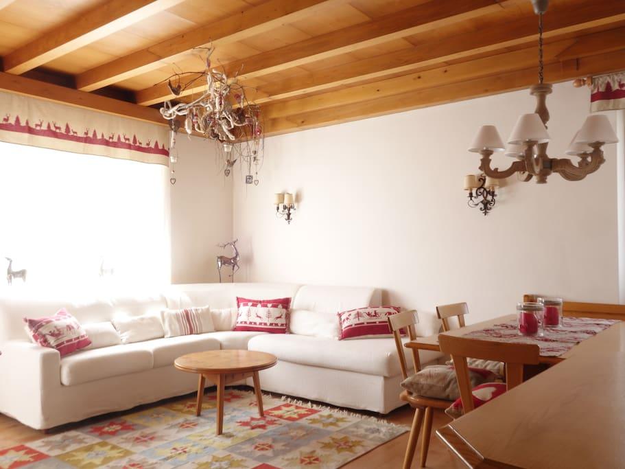 Bright and panoramic appartamenti in affitto a cortina d for Appartamenti cortina affitto