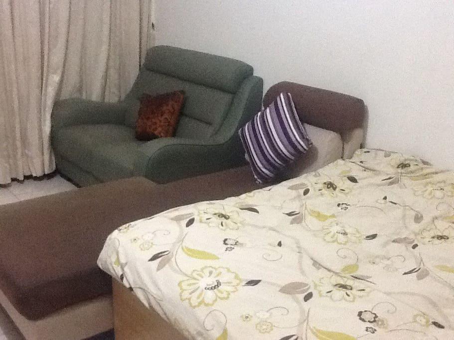 貴妃躺椅可舒服窩着!