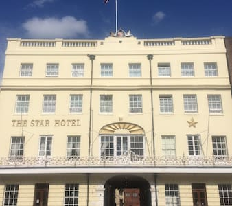 The Star Hotel single and double rooms - Southampton