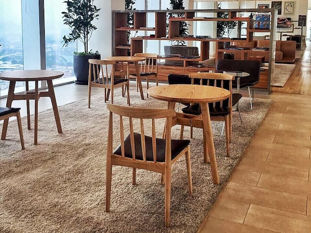 Library for quiet retreats and business meeting