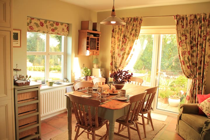 Warm, homely with a great welcome - Kilcolgan