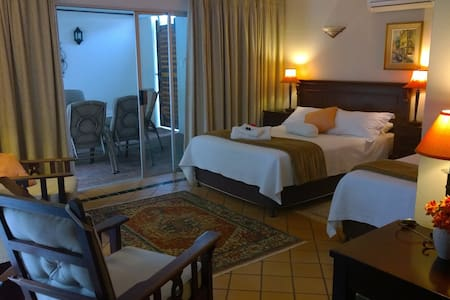 Annie's Place Bed & Breakfast RM1 - Durban North