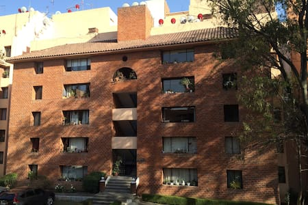 Nice room in a beautiful Penthouse Real del Bosque