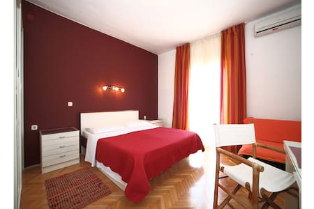 Pension Blue Lagoon - Double bedroom with balcony - Gromin Dolac - Bed & Breakfast