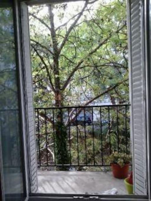 Le balcon, avec vue sur la nature!