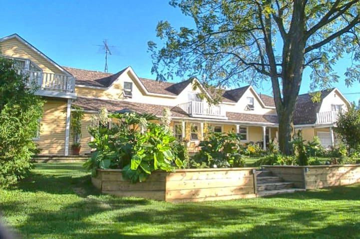 The Kendal Grange