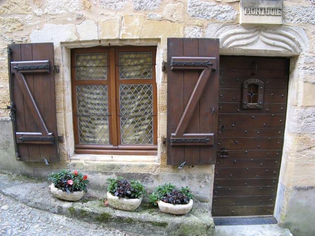 beynac-et-cazenac 2017 : top 20 beynac-et-cazenac villa and ... - Meuble Cuisine Vintage/2016 10 13t00:00:39z