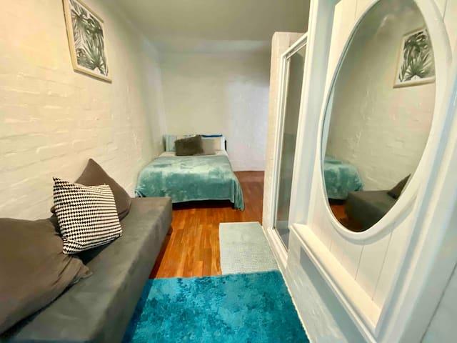 One Bedroom Old Style Studio